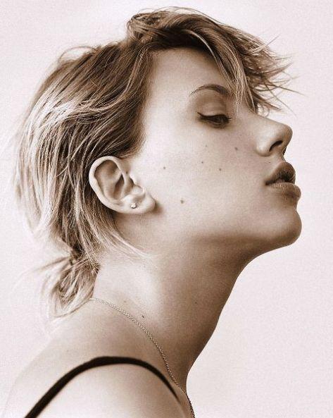 Scarlett manteve um clima onírico em todo o álbum. Ainda este ano sai o disco em parceria com Pete Yorn