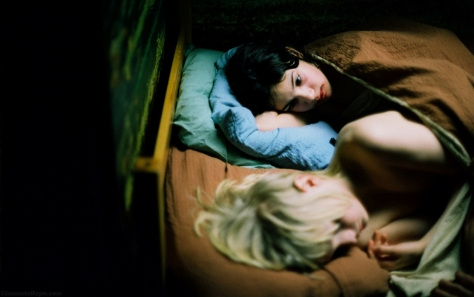 A vampira Eli e o frágil humano Oskar: uma relação de ternura e assombro
