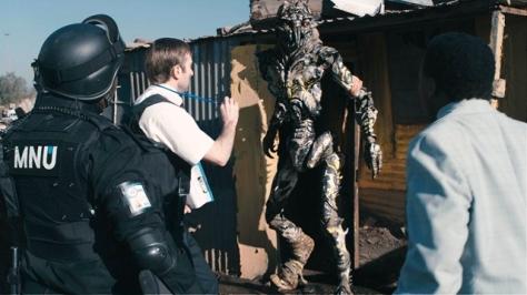 A equipe de Peter Jackson conseguiu fazer dos aliens, criados digitalmente, seres vivos, reais e perfeitamente críveis no cenário do filme